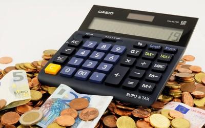 ¿Es cierto que para estudiar en Reino Unido hay que tener mucho dinero?