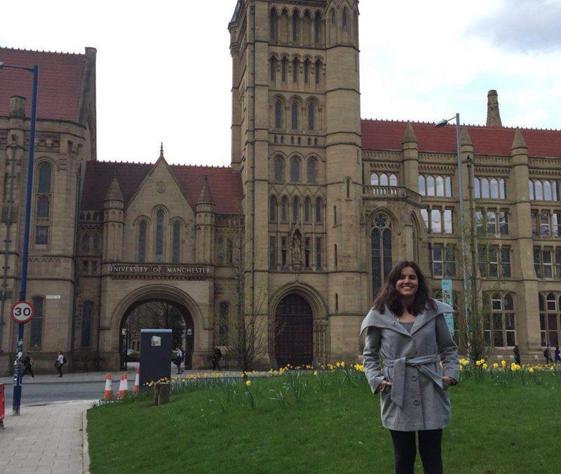 Claudia Cabanillas, en la Universidad de Manchester