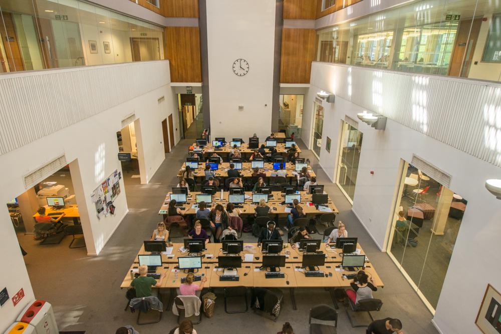 Consejos a estudiantes españoles comenzando un grado en universidades inglesas